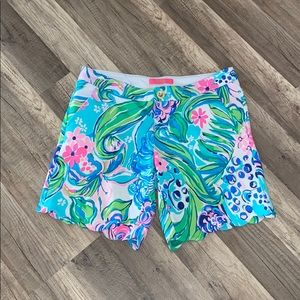Lilly Pulitzer Buttercup Scallop Shorts size 2
